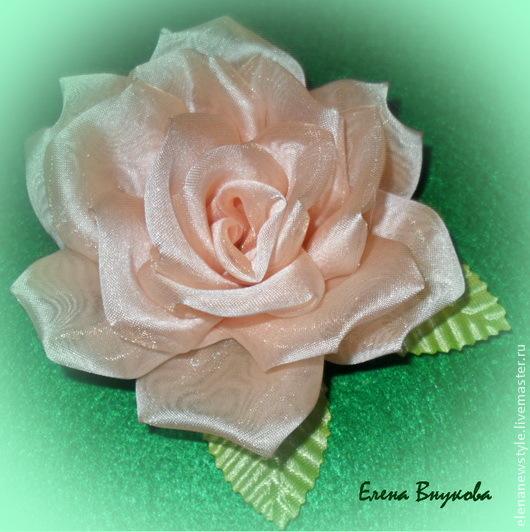 """Брошь """"Роза"""" из ткани своими руками"""