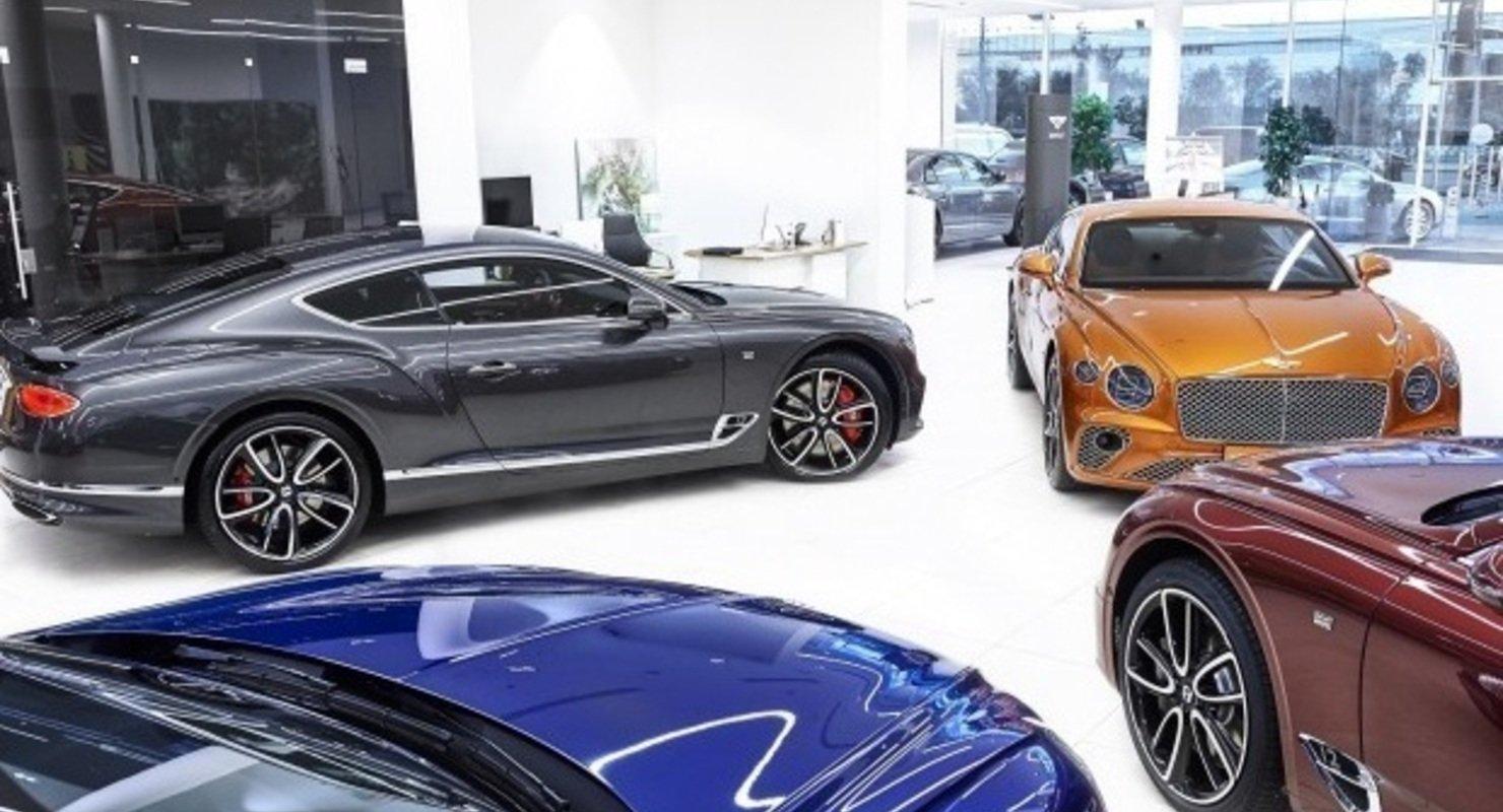 Рынок новых люксовых автомобилей вырос впервые за последние семь месяцев Автомобили