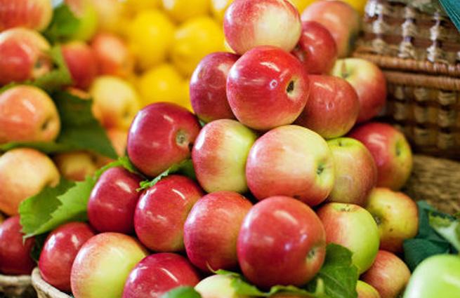 Ешь ананасы, рябчиков жуй: что можно купить за одну пенсию американца