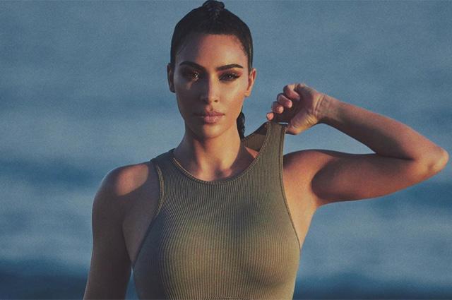 Из пены морской: Ким Кардашьян представила новую коллекцию белья в пляжной фотосессии Новости моды