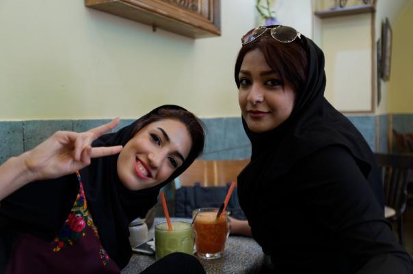 Не смогли. Студентка из Ирана в Москве отбилась от группового секса