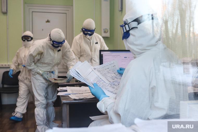 В России поставлен рекорд смертей от коронавируса в 2021 году