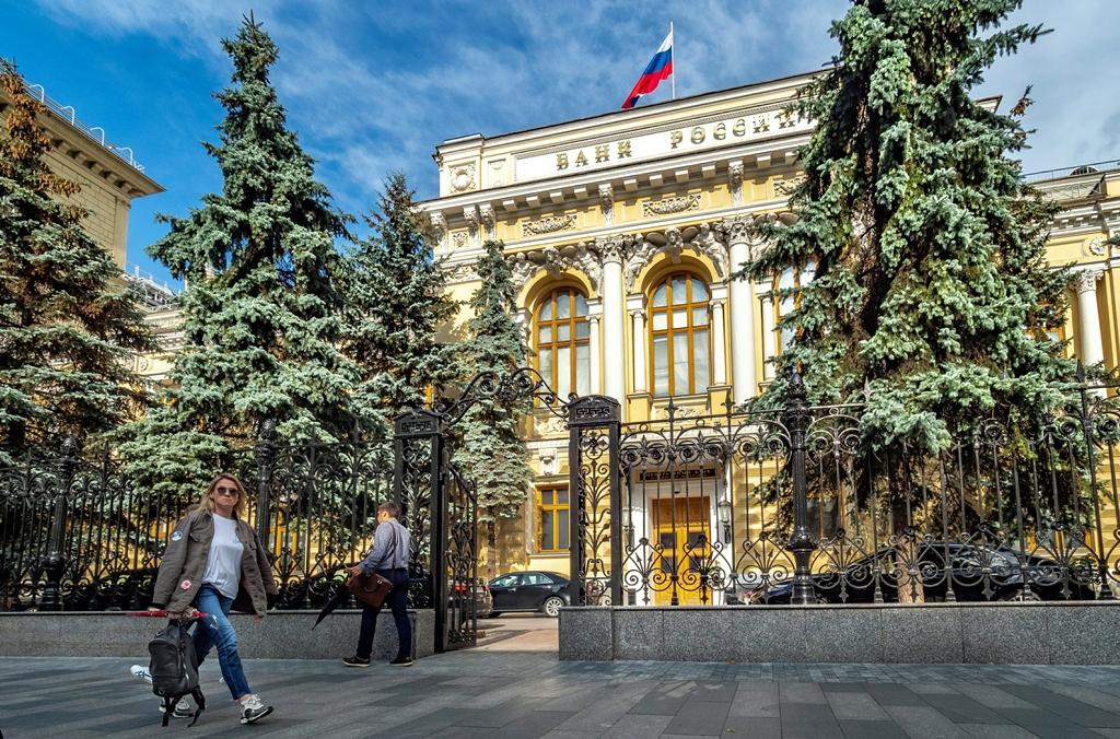 Почему новые санкции США оказались не опасны для России?