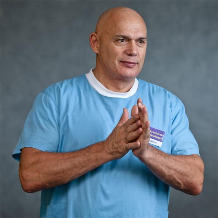 Доктор Бубновский: «Пока не лопнул ни один сосуд в мозгу, заклинаю...»