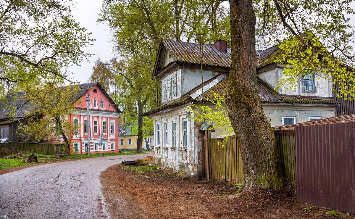 Горести и радости маленького городка