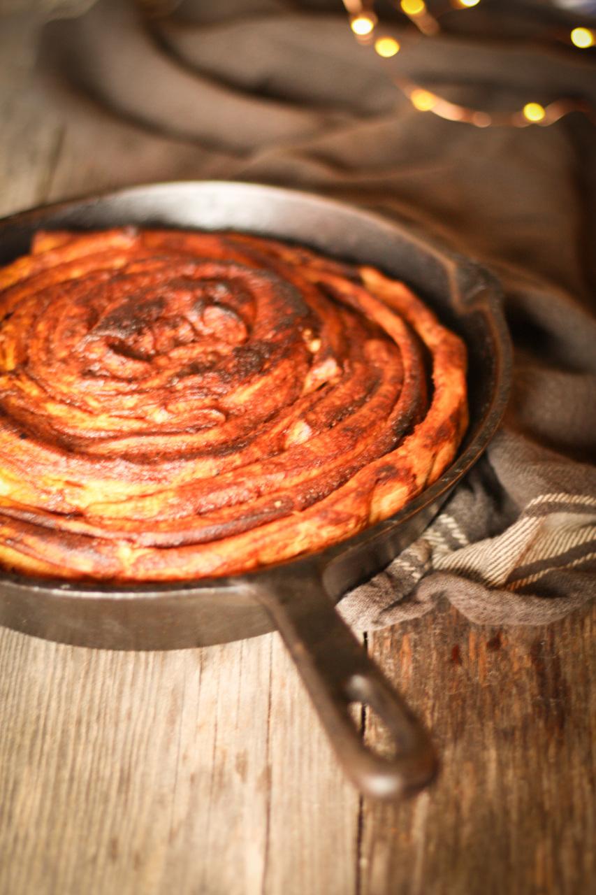 Синнабон - огромная булочка с корицей