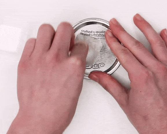 Как легко и без следов отклеить наклейку от стекла, пластика или керамики полезные советы