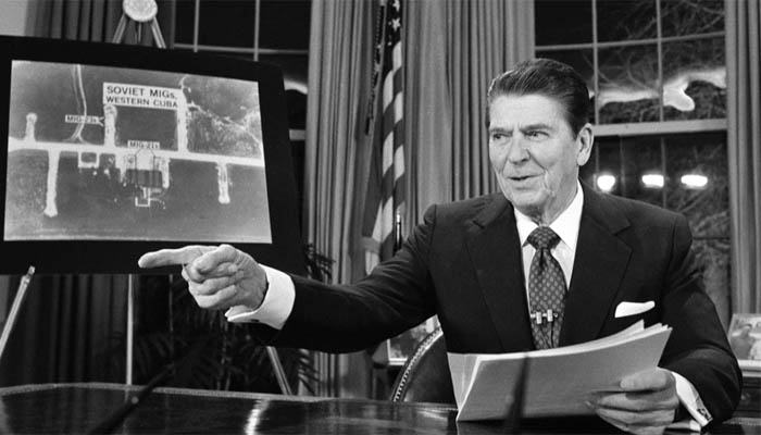 Зачем Рональд Рейган коллекционировал русские анекдоты о себе, и Как ему в политике помогало актерское мастерство