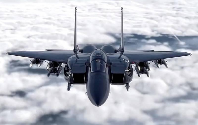 Старые самолеты за дорого: почему ВВС США решили закупить почти 150 F-15EX Видео