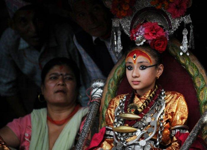 Кумари - земные богини в Непале