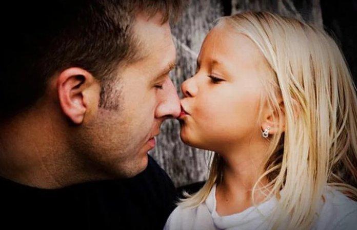 Песня, которая посвящена любимым папам – Послушайте, прямо до слёз! 00,песня