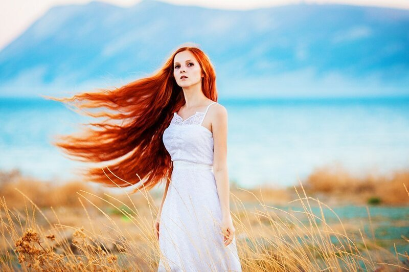 рыжие красотки фото в платьях корсете очень