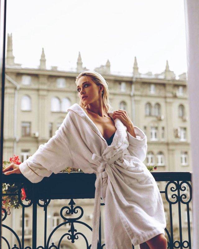Мирослава Карпович покорила сердце Павла Прилучного сообщают, ролью, красавицей, Юлией, Франц, которая, итоге, отворотповорот, прославилась, сериале, актер, Гоголь, больше, интересных, классных, фотографий, милыми, девушками, встречался, информация