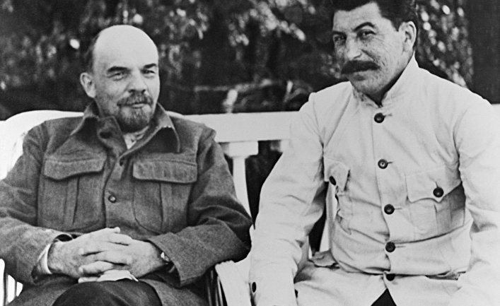 Почему Сталин отказался от НЭПа в пользу  социализма.  Отчетный доклад.