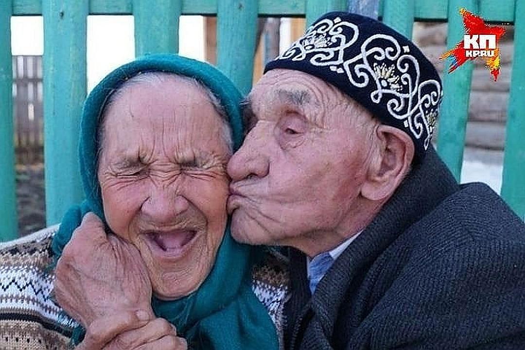 китае роль фотоприколы о стариках кажется, что