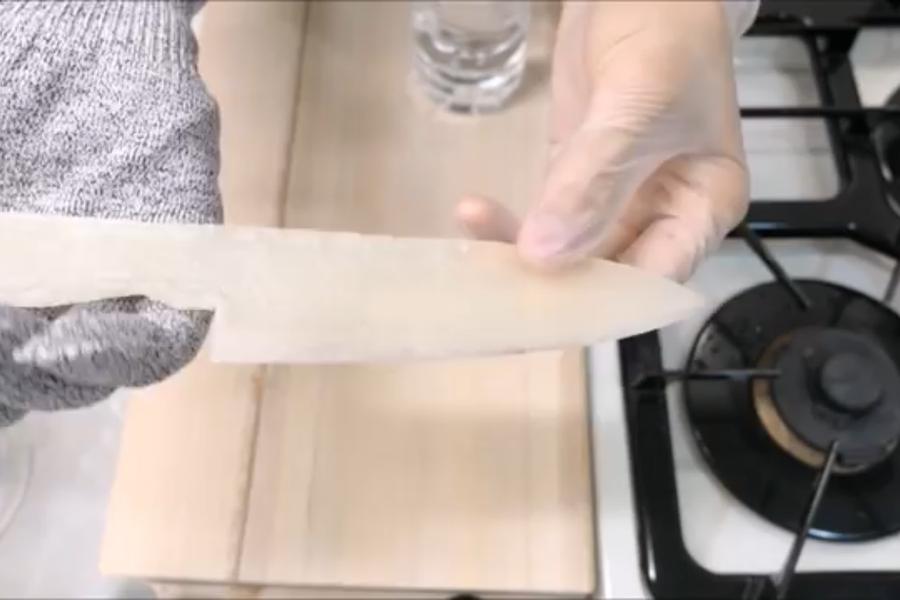 Картинки по запросу Самый острый кухонный нож из Пластиковая бутылка