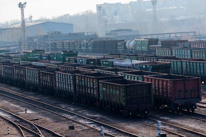 Украинские политики хотят конфисковать уголь Донбасса