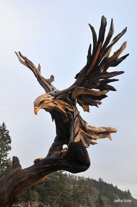 15 удивительных скульптур из дерева, которые вот-вот оживут
