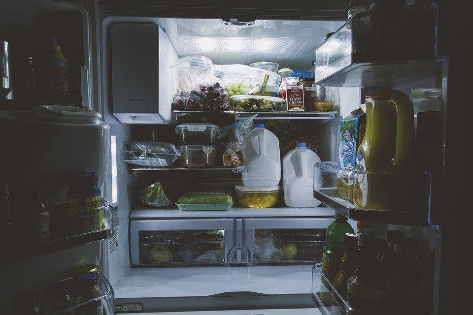 9 необычных примеров использования пищевой плёнки не по назначению, о которых не все знают