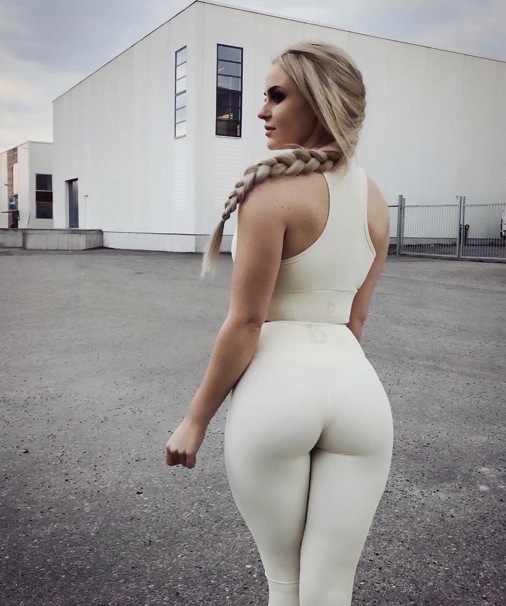 white-girl-fetishtures