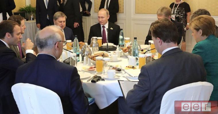 Как Путин и Порошенко ходят в гости: два фото взорвали интернет