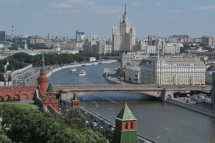 На Большом Москворецком мосту в столице ограничат движение до конца года