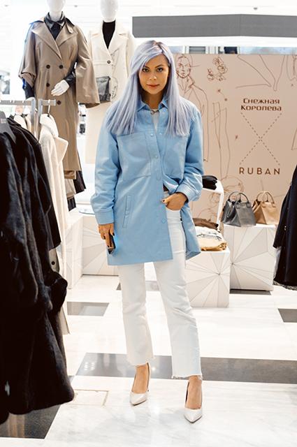 Модный дайджест: от звезд на открытии pop-up-магазина до детской площадки из переработанной обуви Новости моды