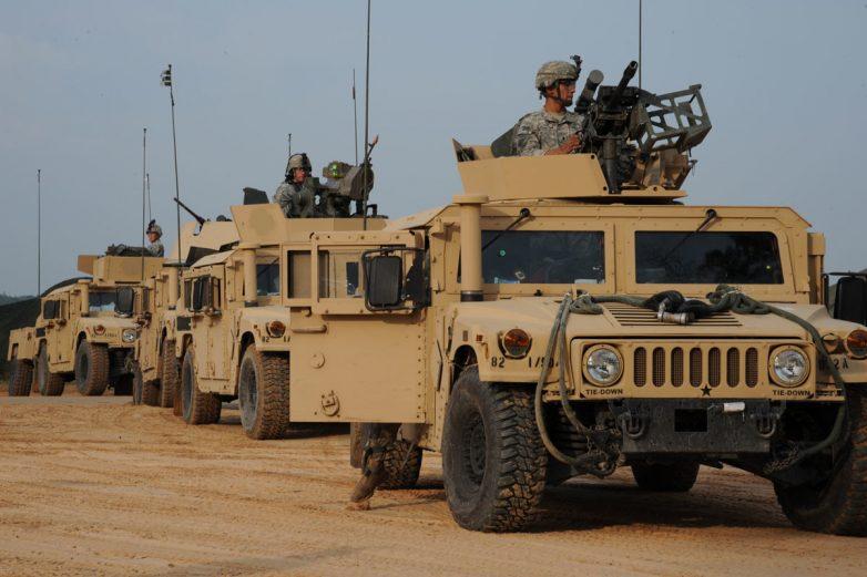 Минобороны России опубликовало снимки техники США на позициях ИГ в Сирии