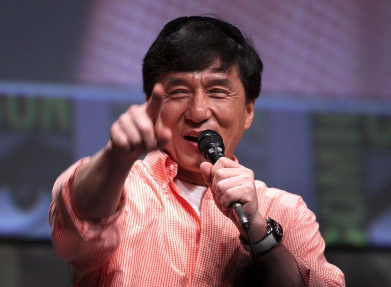 Быть коммунистом почетно: маркетолог Григорьев о желании Джеки Чана вступить в КПК Шоу-бизнес