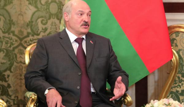 Эксперт объяснил роль силовиков в падении режима Лукашенко Политика
