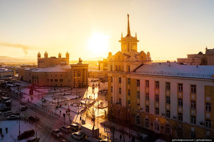 Улан-Удэ с высоты: центр российского буддизма