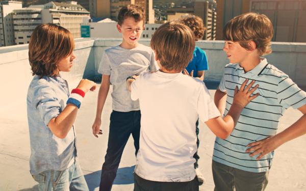 Детская обида — самая сильная. Учим ребёнка мириться после ссор