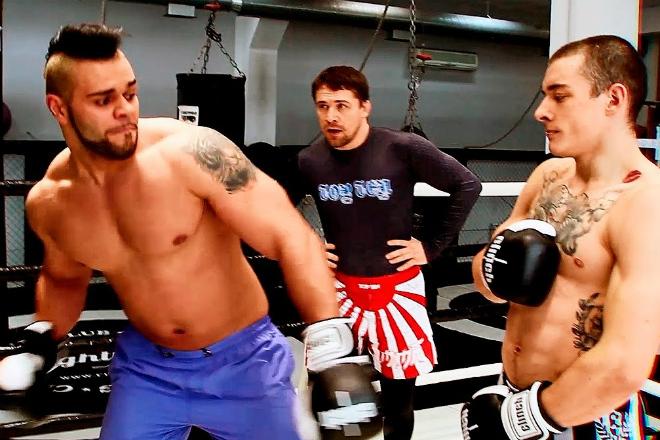 Качки против бойцов ММА: чего стоят мышцы