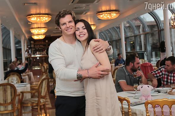 Звезда Первого канала вышла замуж