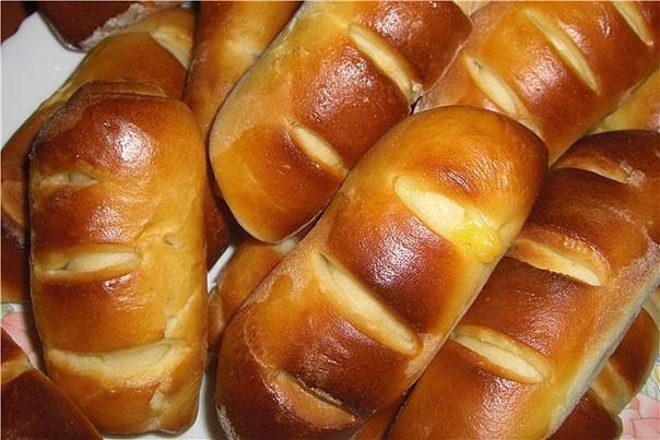 Полосатые кифле с сыром