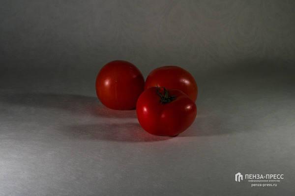 Диетологи рассказали , кому нельзя есть помидоры