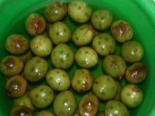 Зеленые грецкие орешки для варенья