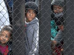 ДЕТКИ В КЛЕТКЕ: «НОУ ХАУ» АМЕРИКАНСКОЙ «ДЕМОКРАТИИ»