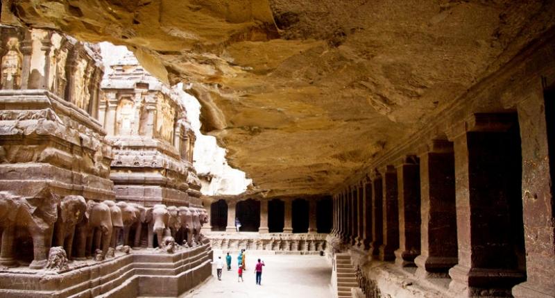 34 великолепных храма, высеч…