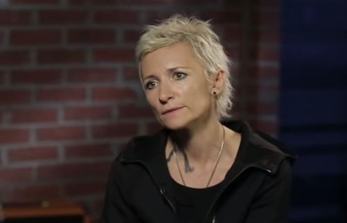Диана Арбенина жалуется: наказали рублём за поддержку хунты