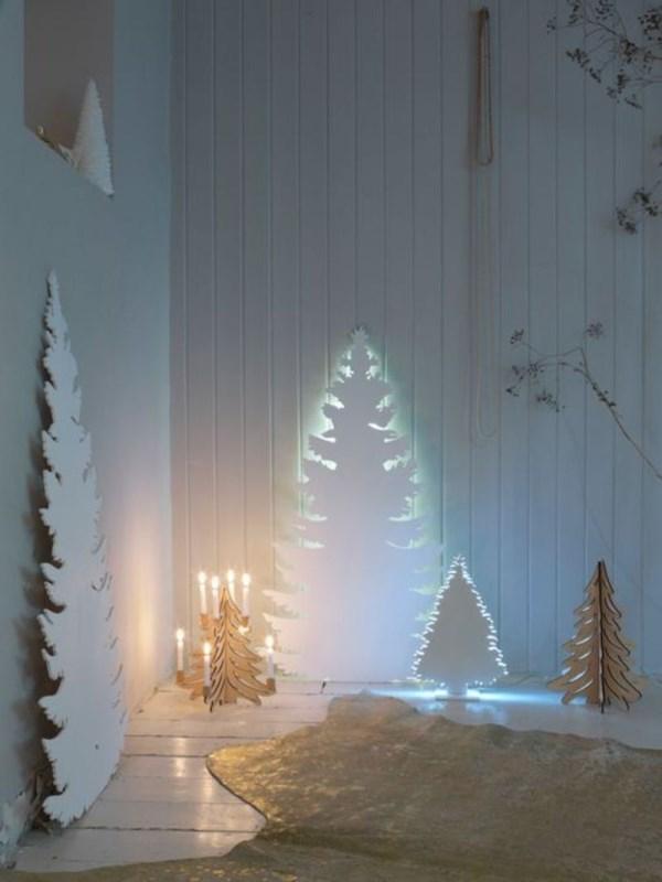 Праздничный декор со светодиодной лентой