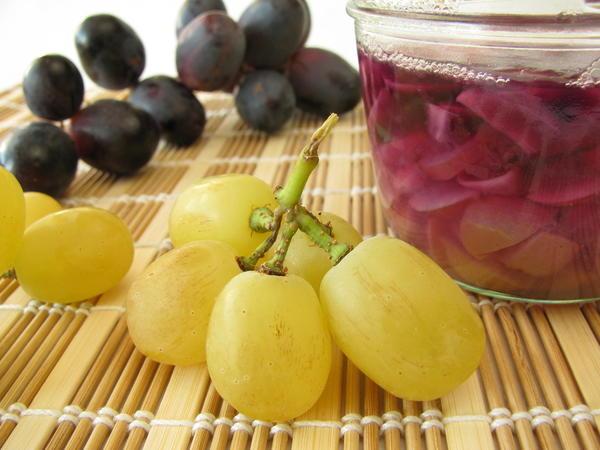 Моченый виноград с горчицей