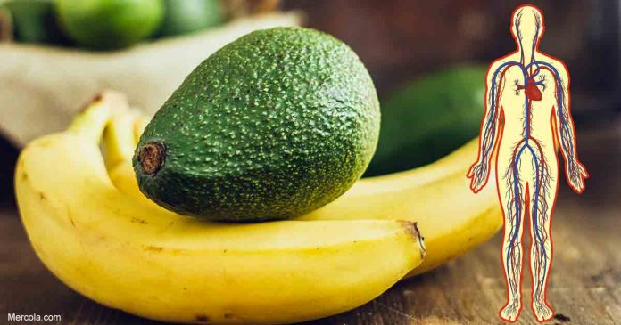Что произойдет с вашим организмом, если вы будете есть банан и авокадо каждый день