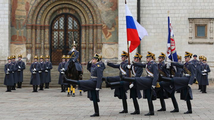 Карен Шахназаров: России пора определиться, мы Империя или торговая лавка
