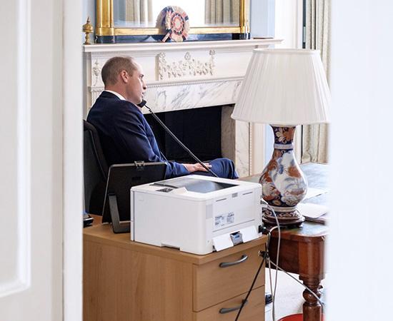 Герцогиня на проводе: новое появление Кейт Миддлтон в разгар пандемии Монархи,Британские монархи