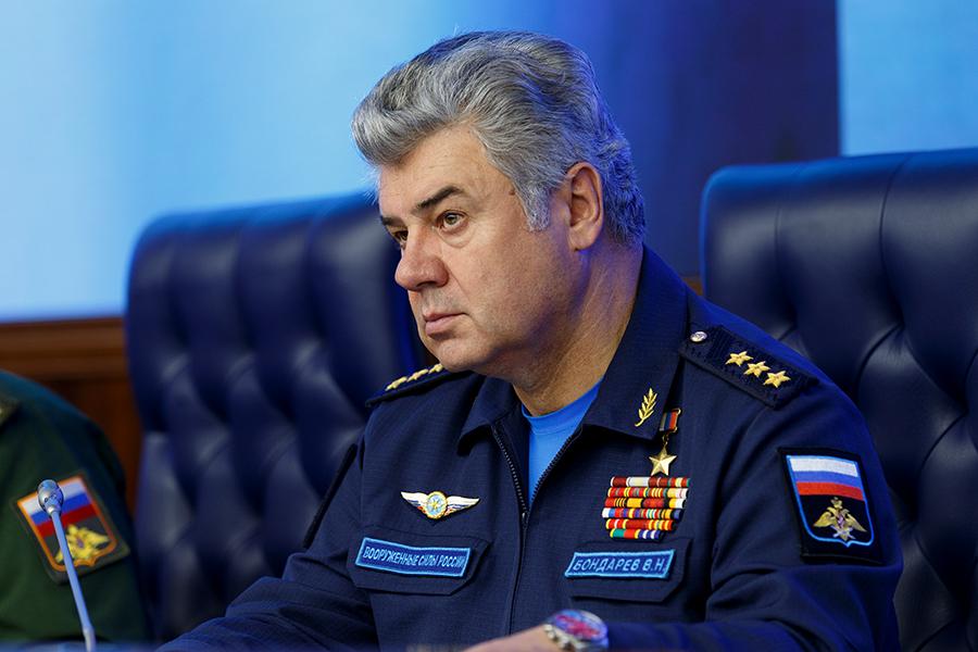 Генерал-полковник Бондарев. Председатель комитета по обороне при СФ РФ. Источник изображения: https://vk.com/denis_siniy