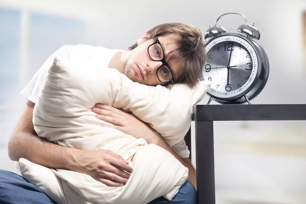 10 способов избавления от бессонницы. Причины, вызывающие нежелание спать. Три новых уникальных методики