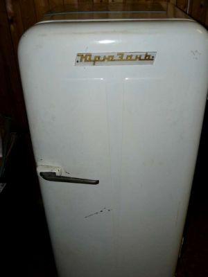 Советские холодильники бытовая техника, ретро, ссср, холодильник