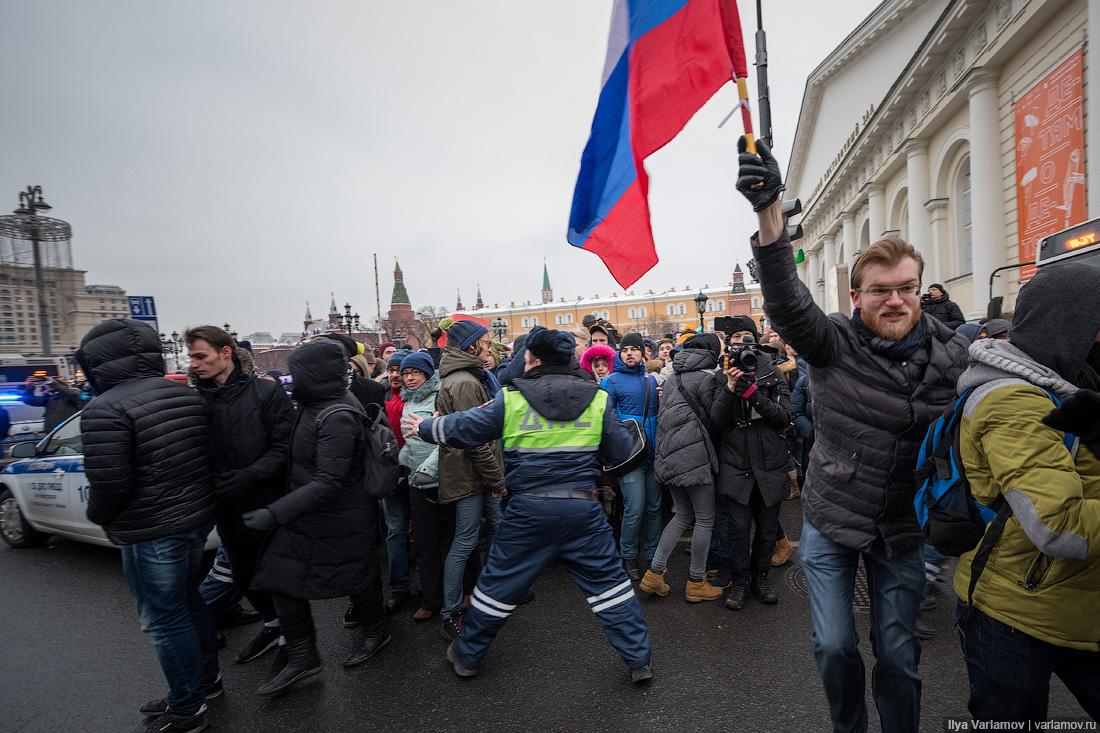 Ростислав Ищенко: Если вы хотите провалить какое-то дело, поручите его Навальному