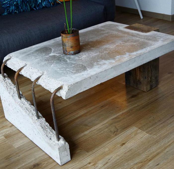 Дизайнерский стол в стиле индастриал. | Фото: Pinterest.
